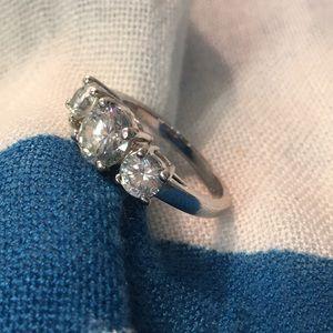 Avon Three Stone Ring
